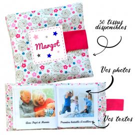 Livre photo tissu personnalisé Fleurs et Spirales, album photo tissu pour bébé, livre doudou